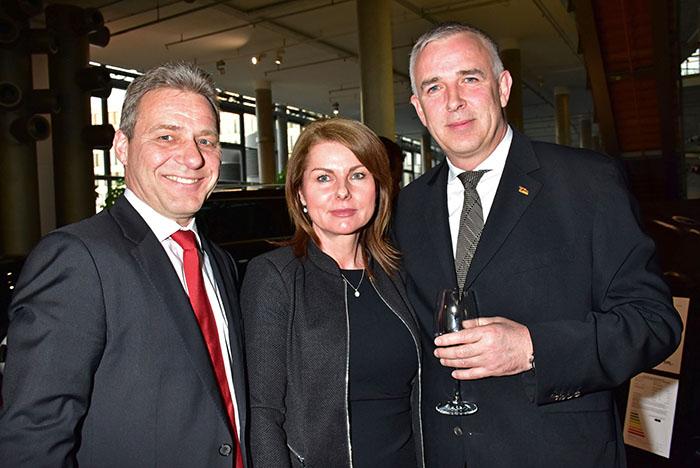 Dirk Zingler Frau