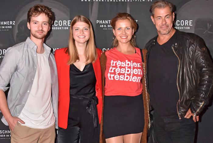 Premiere Phantomschmerz Mit Sven Martinek Sophia Simone